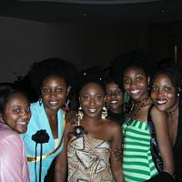 Dakore and fans, also at the LA event!