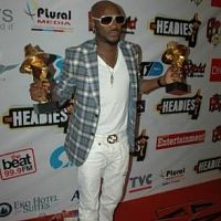 2Face Idibia at the 2011 Headies Hip Hop World Awards